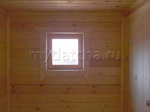 Окно в туалете
