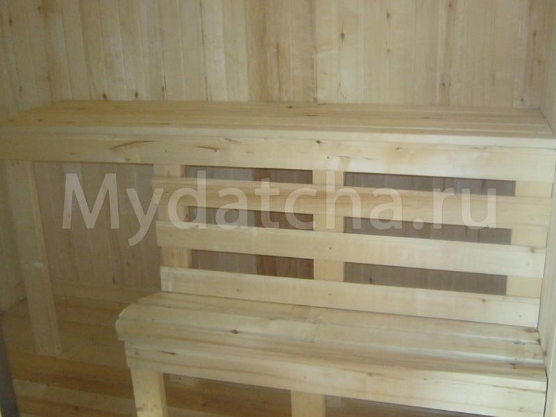 Полок деревянный