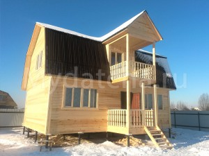 Дом из бруса 6х9 с балконом